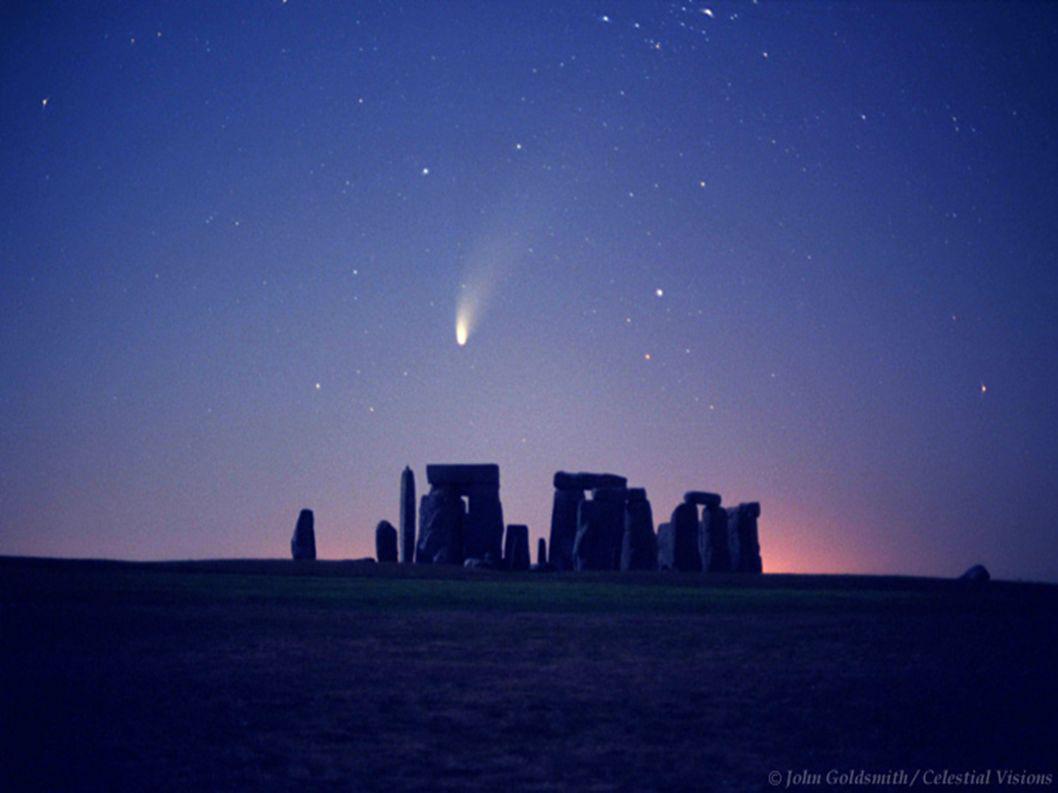 La nuit, je vois beaucoup de lumières de la ville, mais très peu d étoiles.