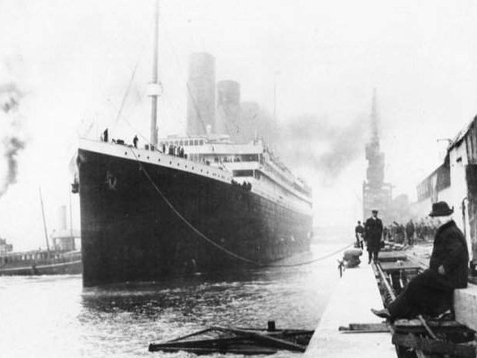 Noublions pas que le Titanic filait à 21 noeuds quand les marins de la passerelle appercurent liceberg à 450 mètres en avant de la proue. Ce qui expli