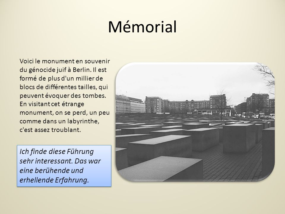 Mémorial Voici le monument en souvenir du génocide juif à Berlin.