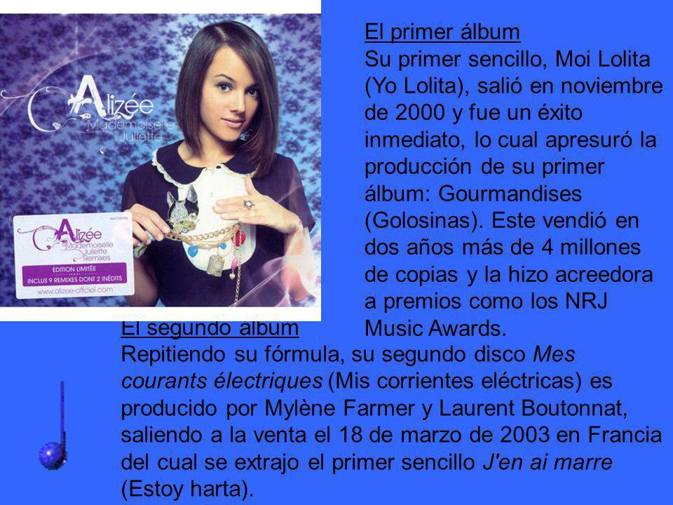 El segundo álbum Repitiendo su fórmula, su segundo disco Mes courants électriques (Mis corrientes eléctricas) es producido por Mylène Farmer y Laurent