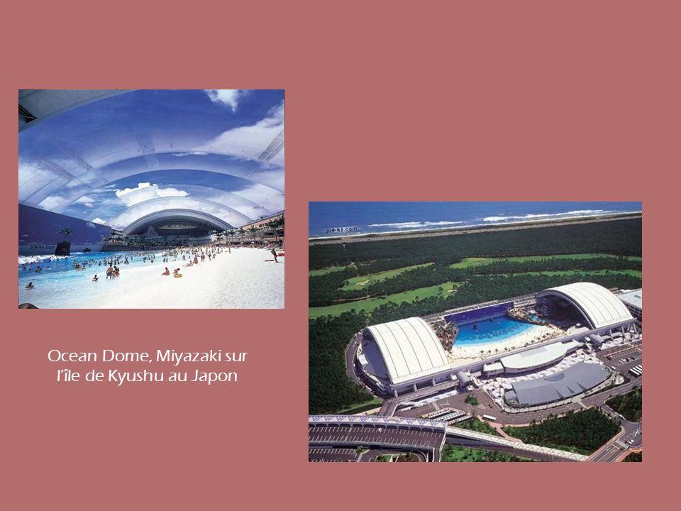 Ocean Dome, Miyazaki sur lîle de Kyushu au Japon
