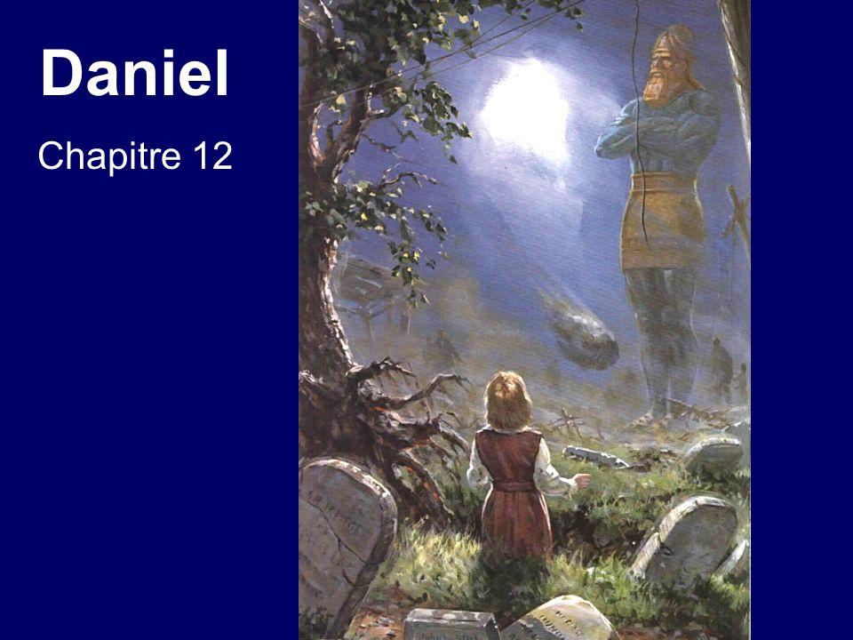 Daniel chapitre 12 7.Et j entendis l homme vêtu de lin [Jésus], qui se tenait au- dessus des eaux du fleuve; il leva vers les cieux sa main droite et sa main gauche, et il jura par celui qui vit éternellement que ce sera dans un temps, des temps, et la moitié d un temps [ce temps correspond aux 1260 années de la domination papale.