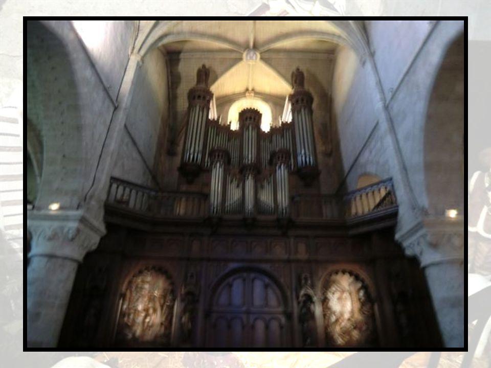 Intérieur de léglise Notre Dame