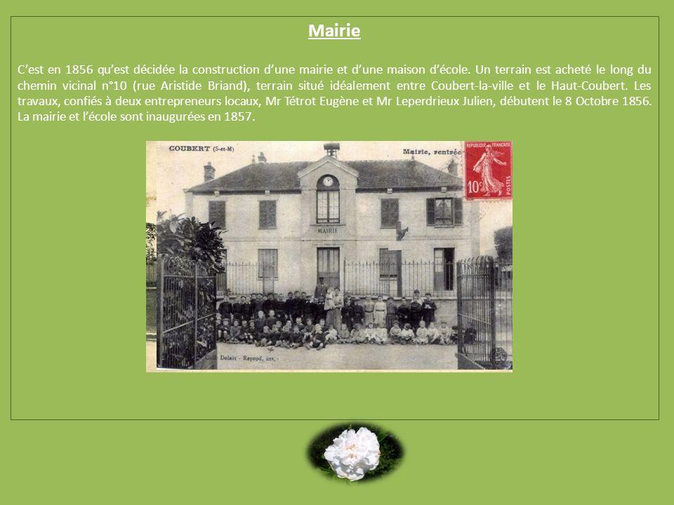 Mairie Cest en 1856 quest décidée la construction dune mairie et dune maison décole. Un terrain est acheté le long du chemin vicinal n°10 (rue Aristid