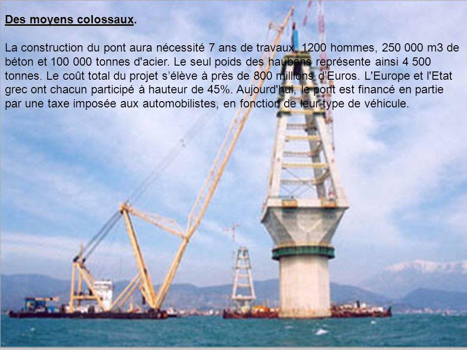 Des conditions difficiles. Le pont Trikoupis a été un véritable défi pour ses ingénieurs, construit dans la région la plus sismique de Grèce : le détr