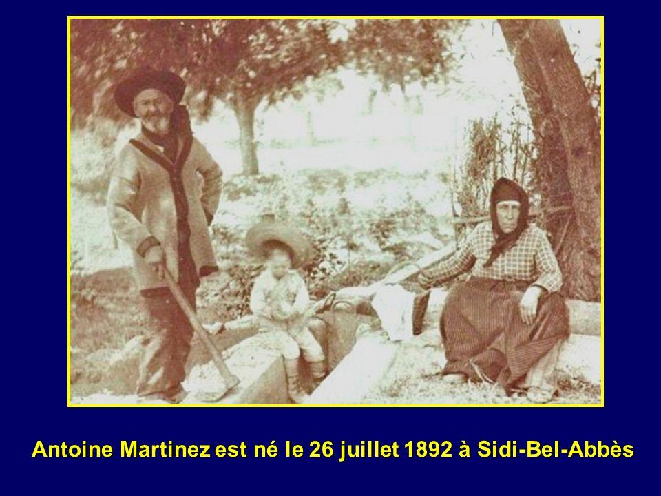 le journal de marche du 15 ème Régiment d Infanterie nous donne la preuve formelle qu Antoine Martinez a disparu en Belgique à Wytschaete lors du combat du 6 novembre 1914.