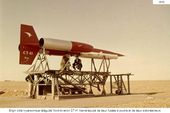 (SHD) Engin cible hypersonique téléguidé Nord-Aviation CT 41 Narval équipé de deux fusées à poudre et de deux statoréacteurs