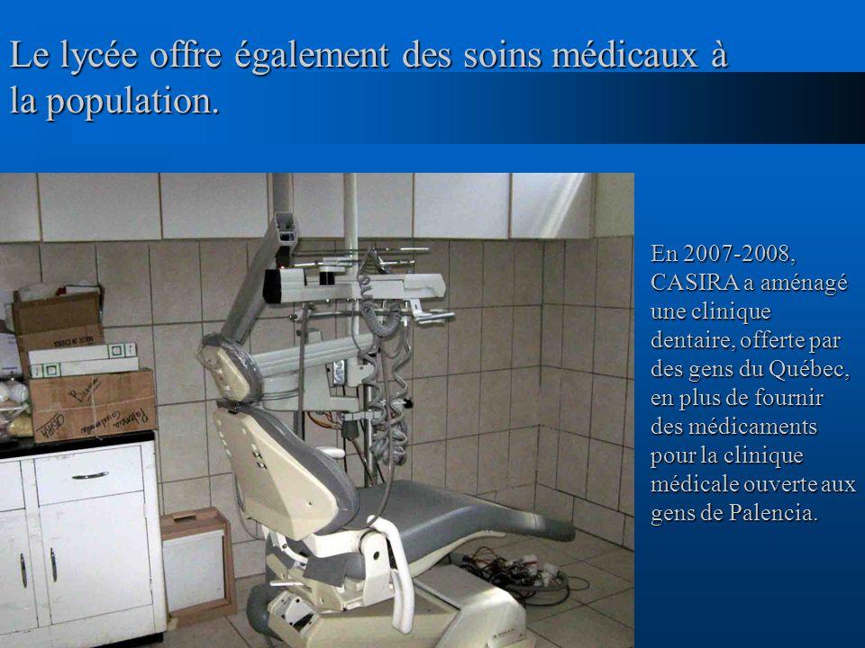 Le lycée offre également des soins médicaux à la population. En 2007-2008, CASIRA a aménagé une clinique dentaire, offerte par des gens du Québec, en