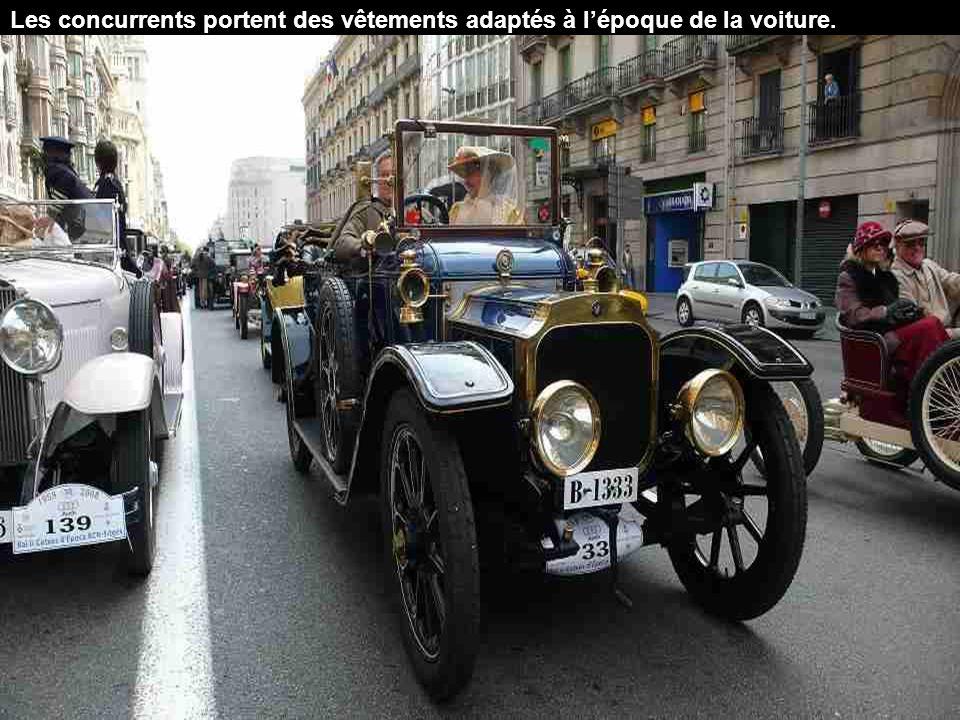 150 voitures anciennes participent à ce concours.