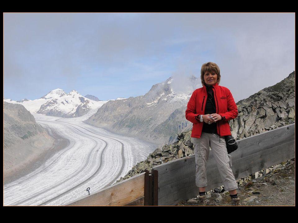 dernier regard au glacier dAletsch avant de descendre jusquà Fiescheralp