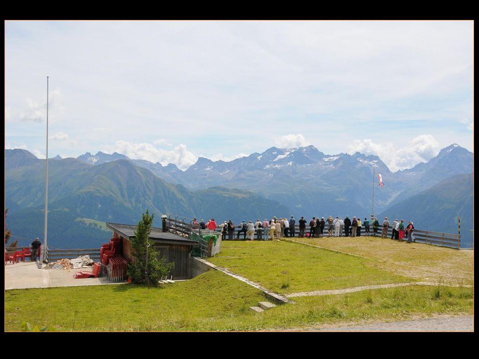 vue magnifique depuis le balcon promontoire de Fiescheralp