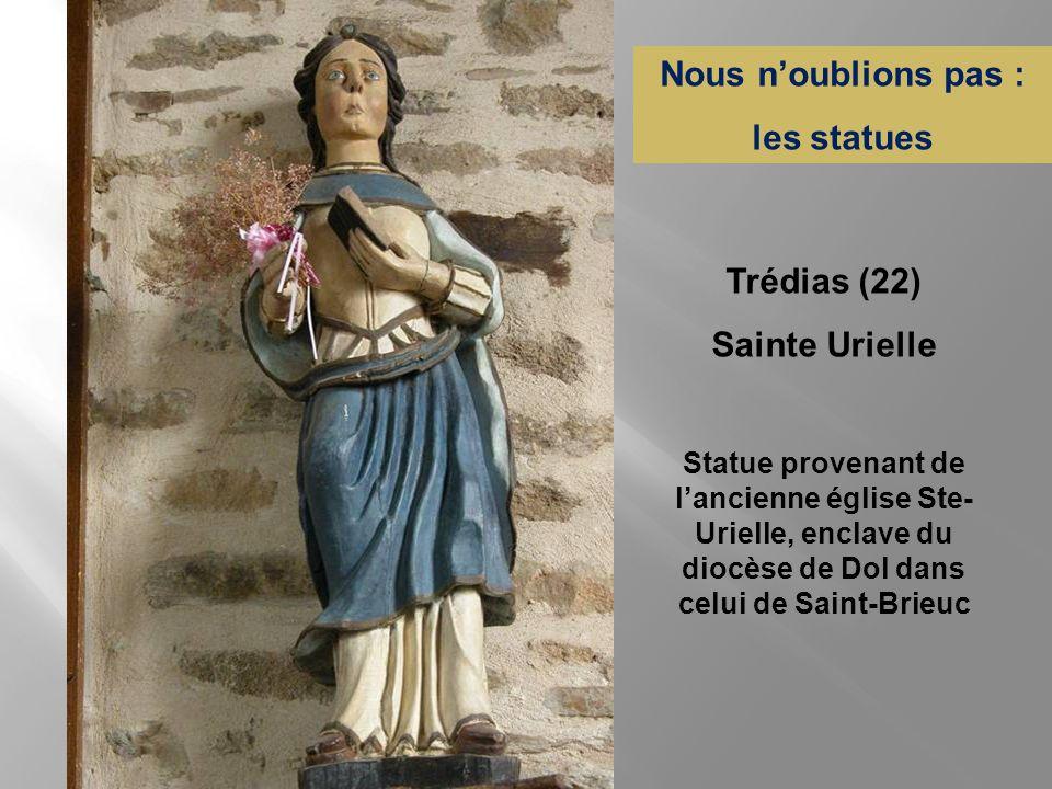 Contemplez les murs ! et les plafonds ! Morieux (22) Saint-Méen-le-Grand (35)