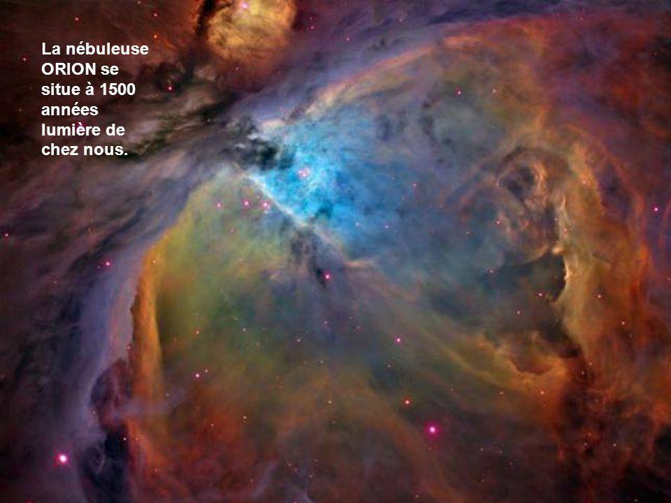 Cette nébuleuse est des millions de fois plus grande que notre système solaire. Cest ici que naissent les étoiles telles que notre soleil. Les nébuleu