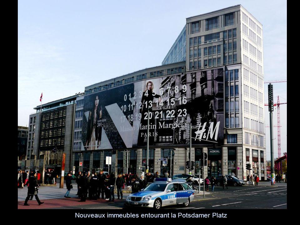 Nouveaux immeubles entourant la Potsdamer Platz