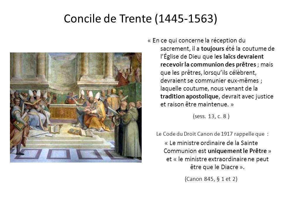 Saint Thomas dAquin (1225-1275) S aint Thomas dAquin, le Docteur Angélique nous dit que par le baptême, le chrétien a été consacré pour recevoir le Se