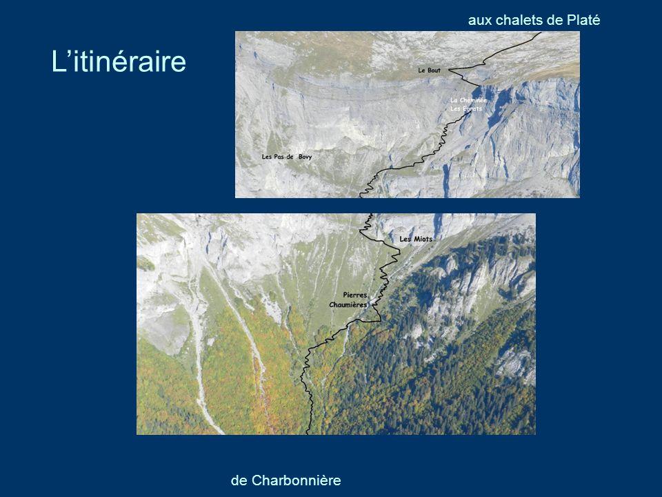 Nous laissons les autos sur le parking de Platé, à Praz-Coutant, à laltitude de 1200m, à trois kilomètres du Plateau dAssy.