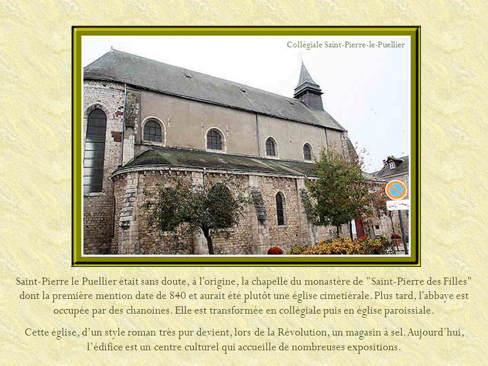 Hôtel Cabu du XVIe siècle. Musée historique et archéologique de lOrléanais. Maison Jean Dalibert du XVIe siècle.