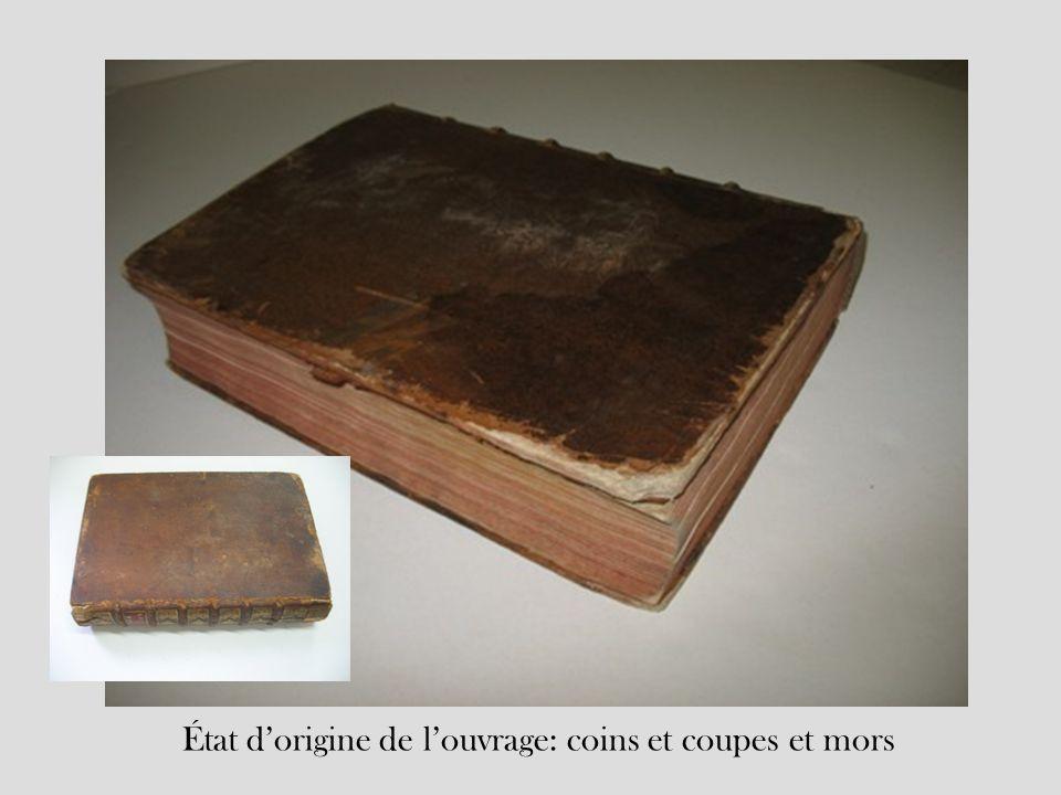 État dorigine de louvrage: coins et coupes et mors