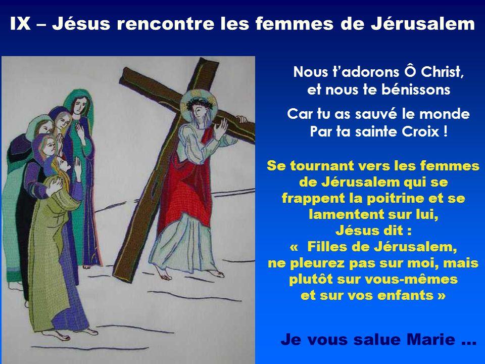 Se tournant vers les femmes de Jérusalem qui se frappent la poitrine et se lamentent sur lui, Jésus dit : « Filles de Jérusalem, ne pleurez pas sur mo