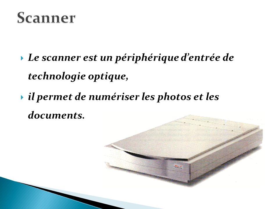 C est l interface entre l utilisateur et l ordinateur, permet dafficher les informations Il se caractérise par les paramètres suivants : Taille : On mesure la diagonale de l écran en pouce.
