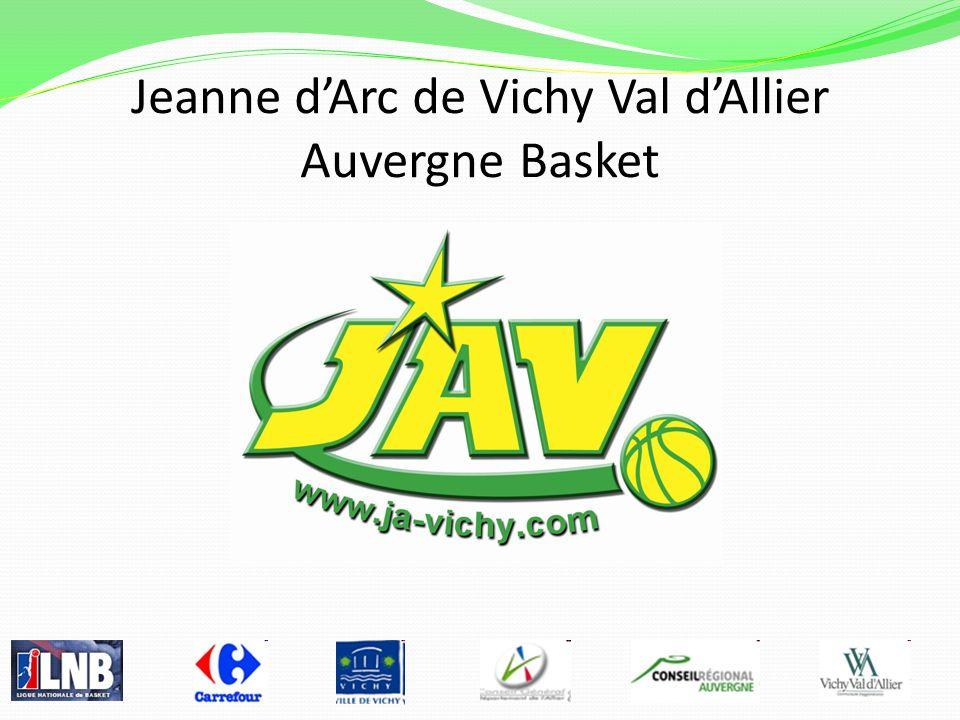 Equipe 2010/2011 La JAV, Société anonyme sportive professionnelle est adossée à lassociation sportive Jeanne dArc de Vichy, forte de 450 licenciés pour 22 équipes damateur.