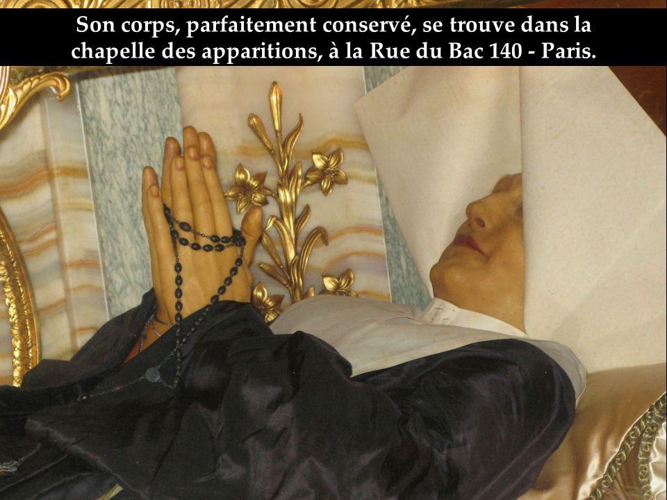 La religieuse qui a reçu ce message sappelle sainte Catherine Labouré.