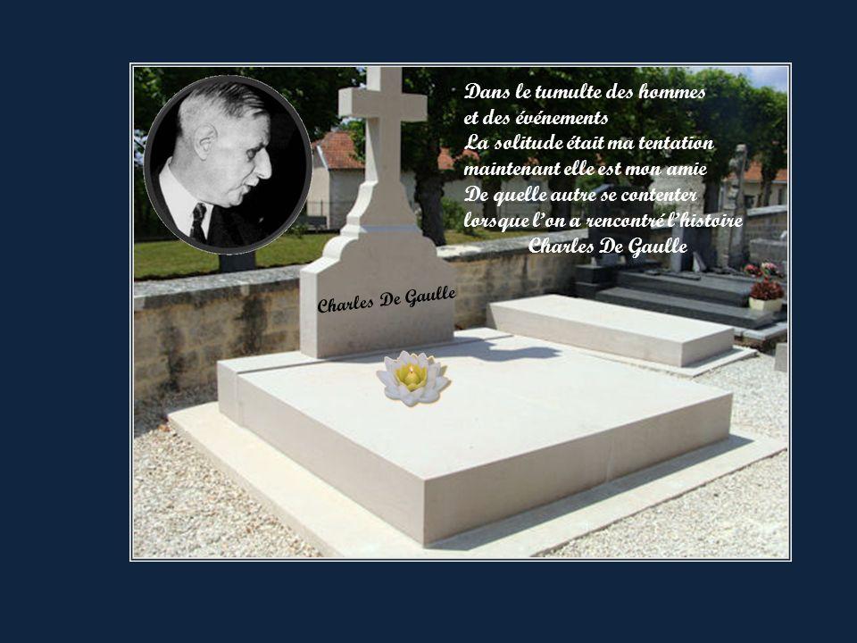 Dernier voyage du Général De Gaulle Sortie de la Boisserie
