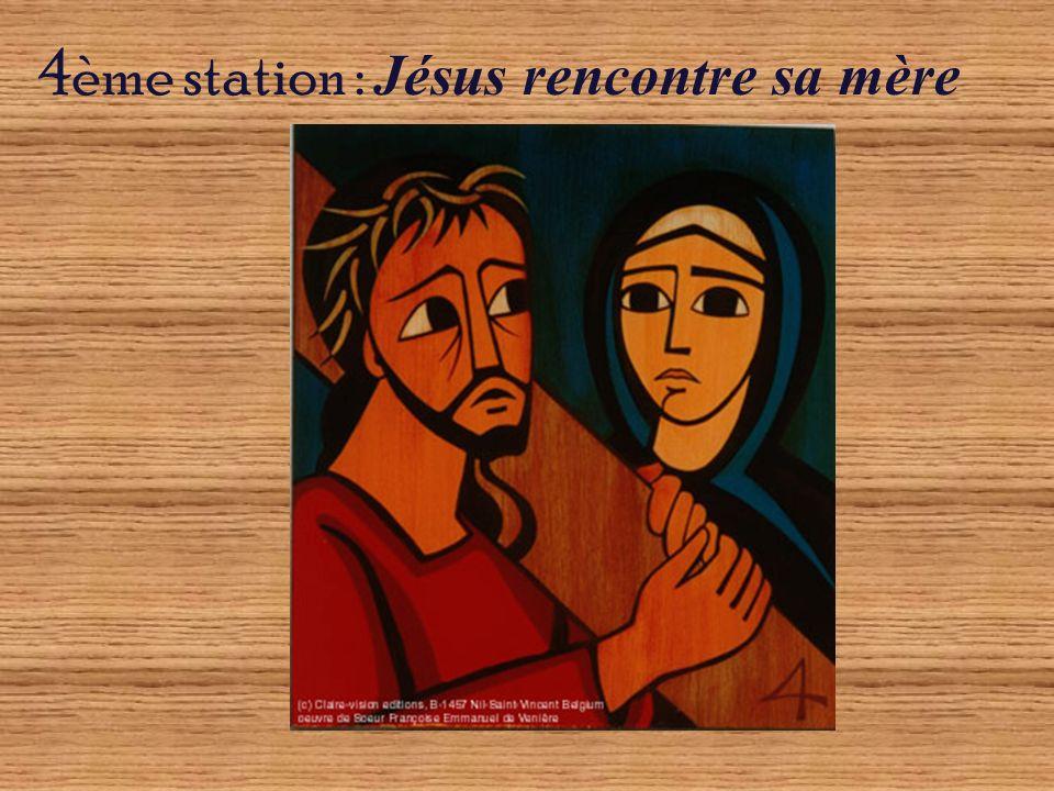 11ème station : Jésus est cloué sur la croix