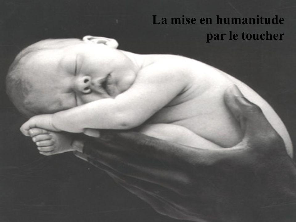 La mise en humanitude par le toucher