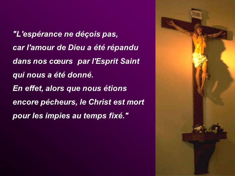 Que nous embrasse, Seigneur, ta miséricorde car en Toi seul, Parole Vivante, Crucifié par amour, nos peurs et nos pourquoi? deviennent lumière.