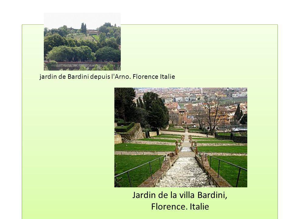 Jardin de la villa Bardini, Florence. Italie jardin de Bardini depuis l'Arno. Florence Italie