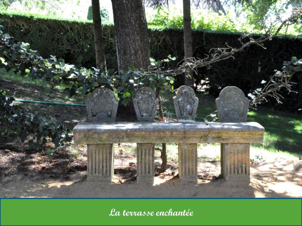 Eyrignac est une sculpture sans cesse modelée, qui porte dans son histoire Lillustre auteur de la tirade « Fier comme Artaban «