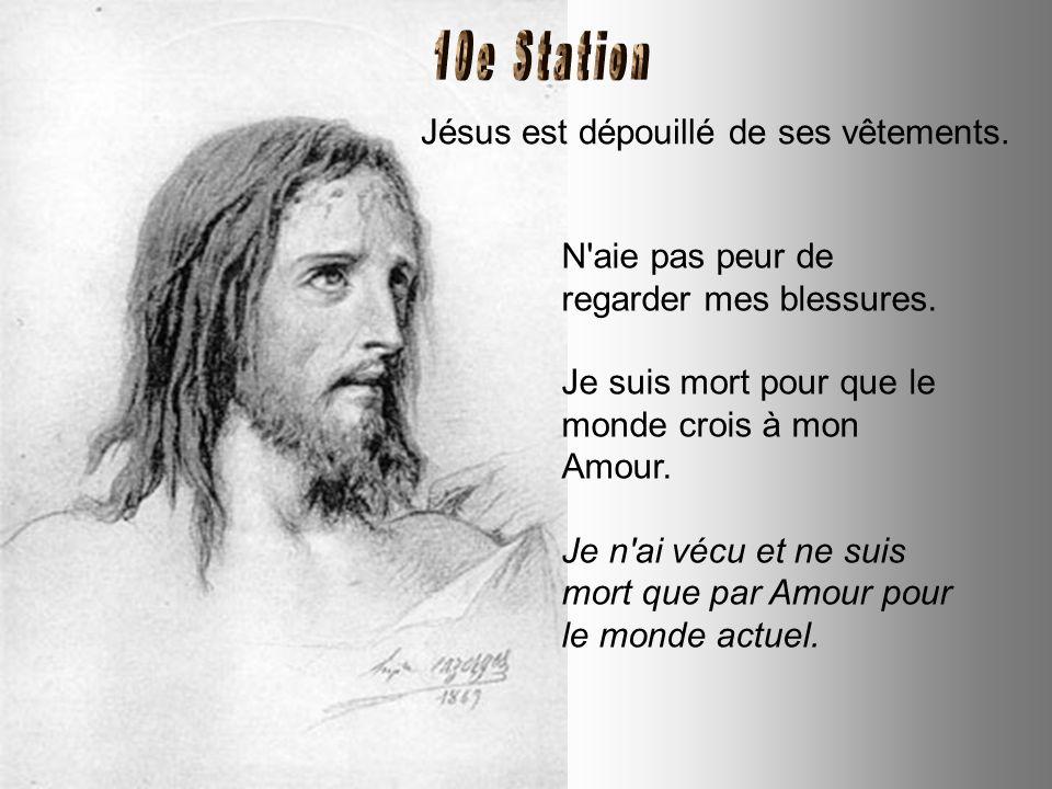 Jésus tombe pour la troisième fois. Ne crains pas de crier, si tu tombes ; mais que ce cri aille vers le Seigneur. Regarde-moi : j'ai été jusqu'au bou