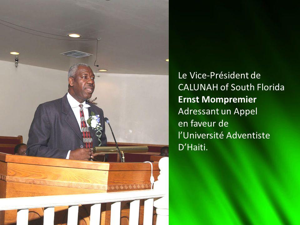 Le Vice-Président de CALUNAH of South Florida Ernst Mompremier Adressant un Appel en faveur de lUniversité Adventiste DHaiti.