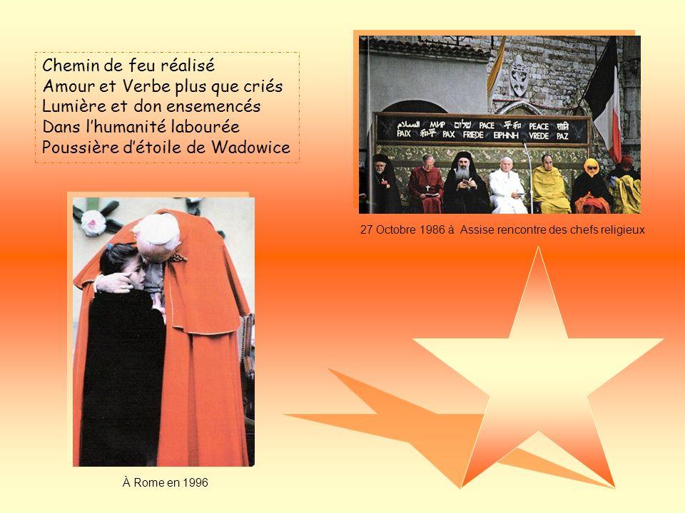 Niant son corps exténué Usant sa voix à proclamer LAmour du maître tant aimé Volontairement sest consumé Létoile-don de Wadowice Lattentat le 13 mai 1981 27 déc 1983 visite de Ali Agça en prison JMJ de Toronto à lété 2002