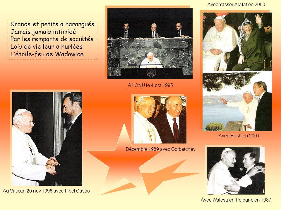 A Rome un jour il est appelé Peuple de Dieu à diriger Lois et vérité à semer Corps et âme sest voué Létoile-lumière de Wadowice Son élection 16 oct 19