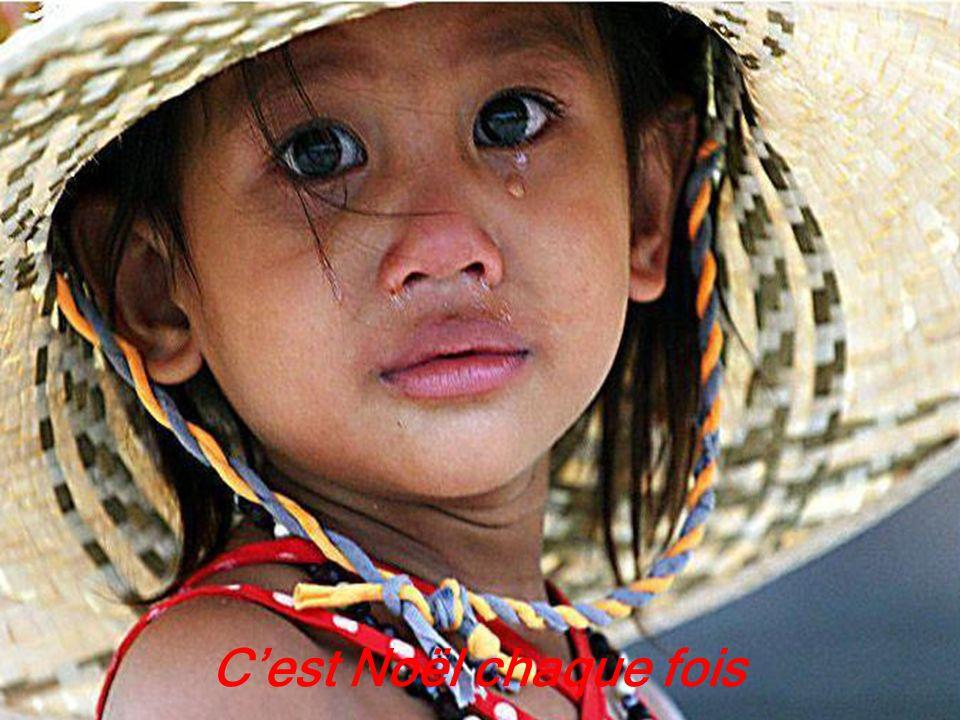 Création Claude St-Denis Images prises sur le Net Tous droits réservés Décembre 2007 JOYEUX NOËL BONNE ANNÉE 2011 à tous Musique Ginette Reno ( Minuit Chrétien ) Les Amours de Mado http://www.lesamoursdemado.com/