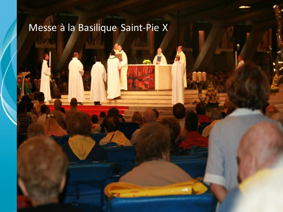 Messe à la Basilique Saint-Pie X