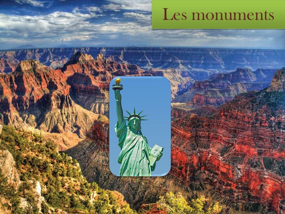 Le Mont Rushmore, situé près de la ville de Keystone, du Dakota du Sud, est un mémorial qui résume les 150 premières années de l histoire américaine à travers sculptures colossales, représentant premiers présidents du pays, George Washington (le premier) Thomas Jefferson (troisième) et le ulteriorii Abraham Lincoln (seizième) et Theodore Roosevelt (26ème).