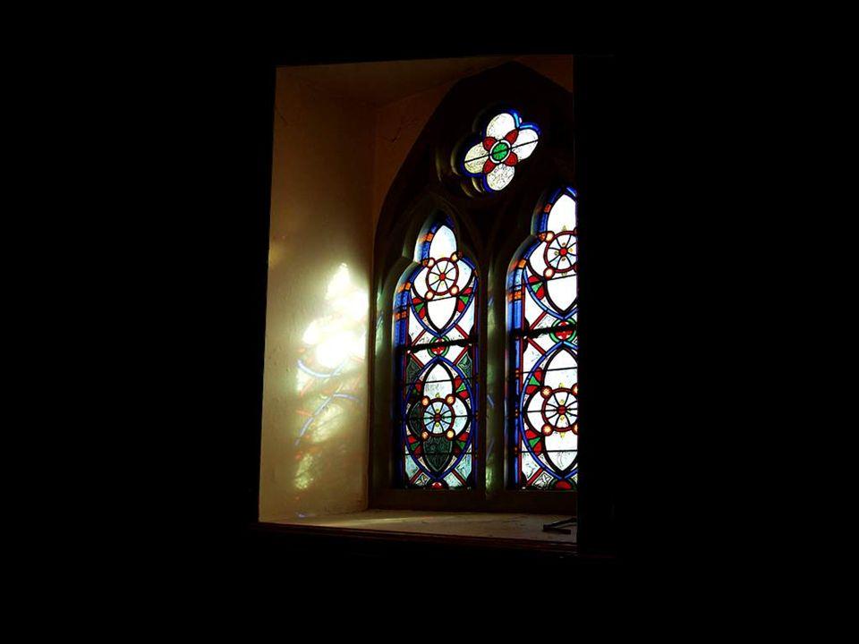 Ce nest certes pas par hasard que la plus belle partie dune cathédrale sont ses fenêtres.