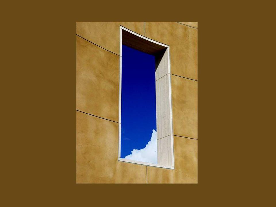 Les fenêtres sont à une maison ce que les yeux sont à un être humain.