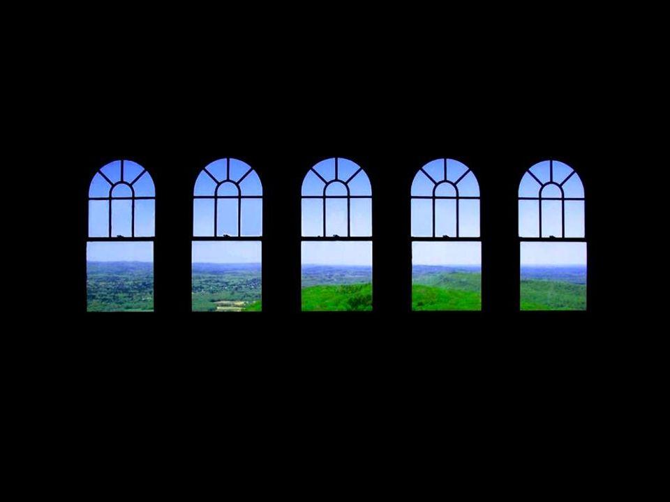Le grand architecte anglais John Dennison disait quil faut construire une maison autour de ses fenêtres et jamais linverse.