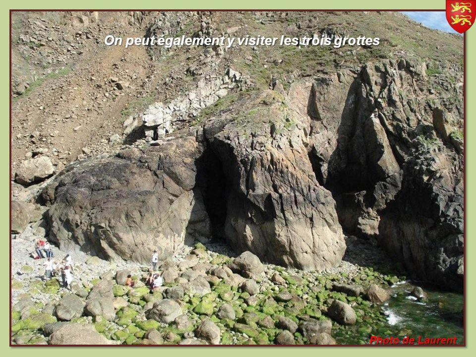 Promontoire rocheux de gneiss, situé à lextrême pointe sud de la Hague, falaises culminant à 128 mètres ( les plus hautes dEurope ) falaises culminant à 128 mètres ( les plus hautes dEurope ) Photo de Laurent