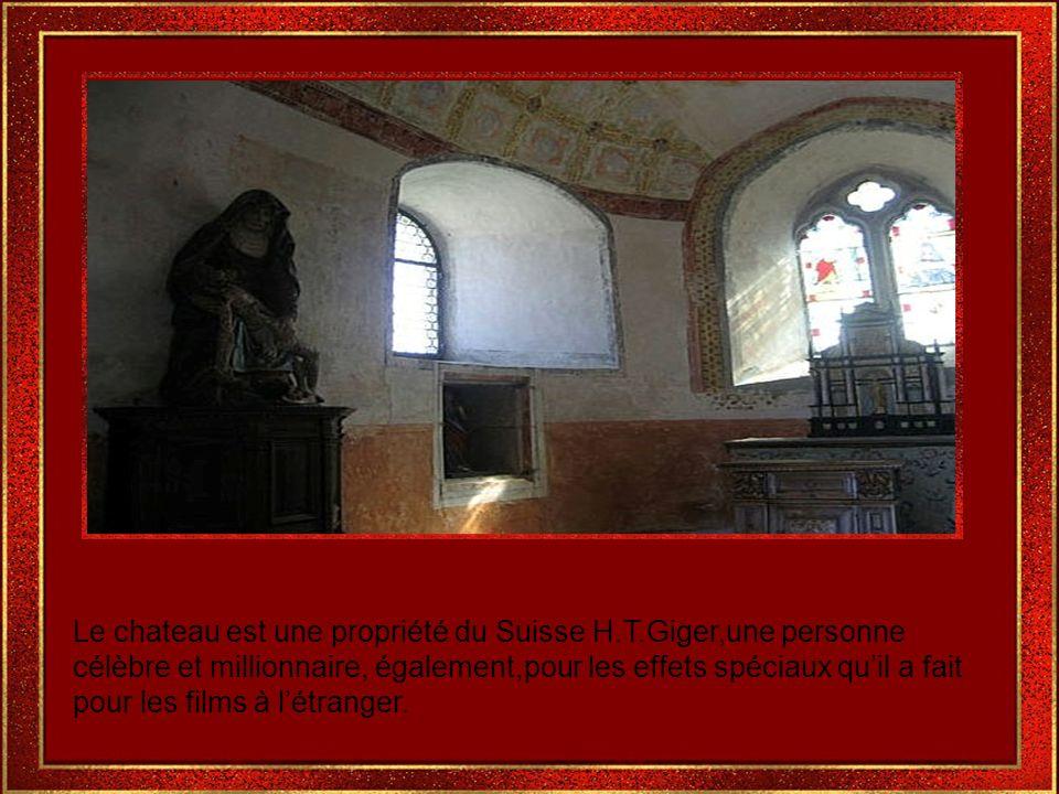 Les meubles dans beaucoup de chambres sont de la collection du 15 ème siècles au 19 ème siècles.
