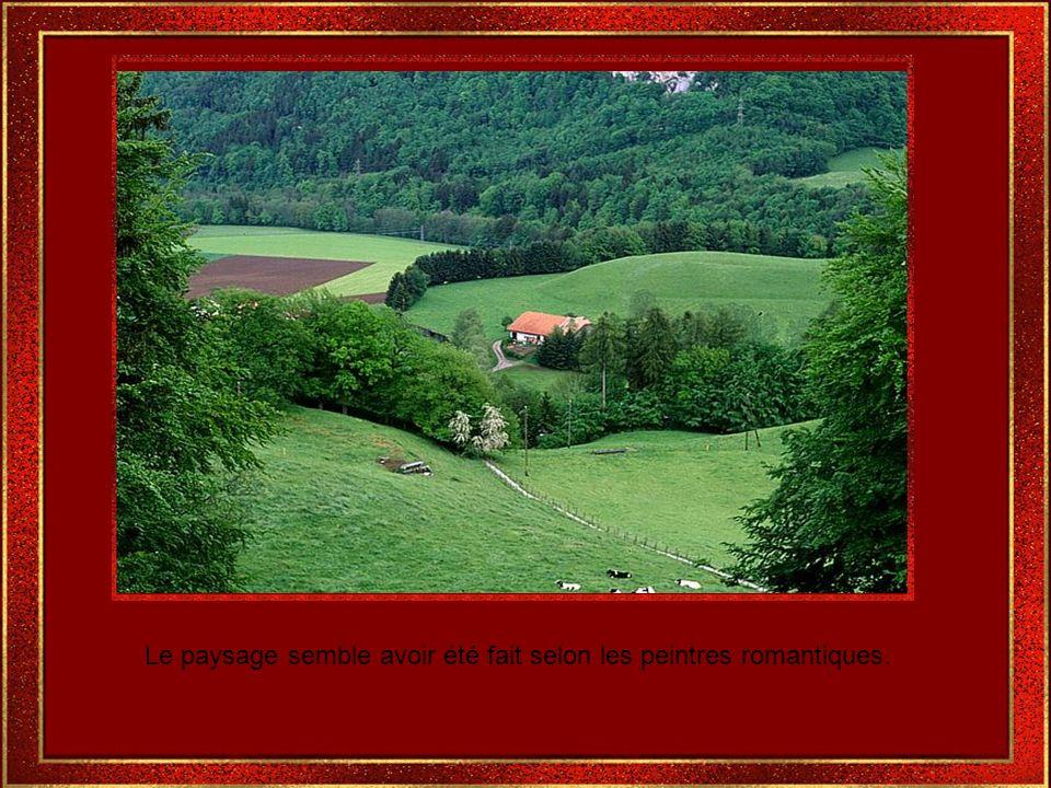 Gruyère avec son modèle médiéval,contient beaucoup dhistoires et de légendes.