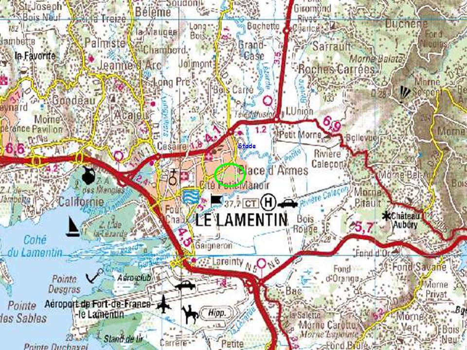 Le littoral de la commune du Lamentin se distingue par la présence de mangrove sur une majorité de son linéaire.