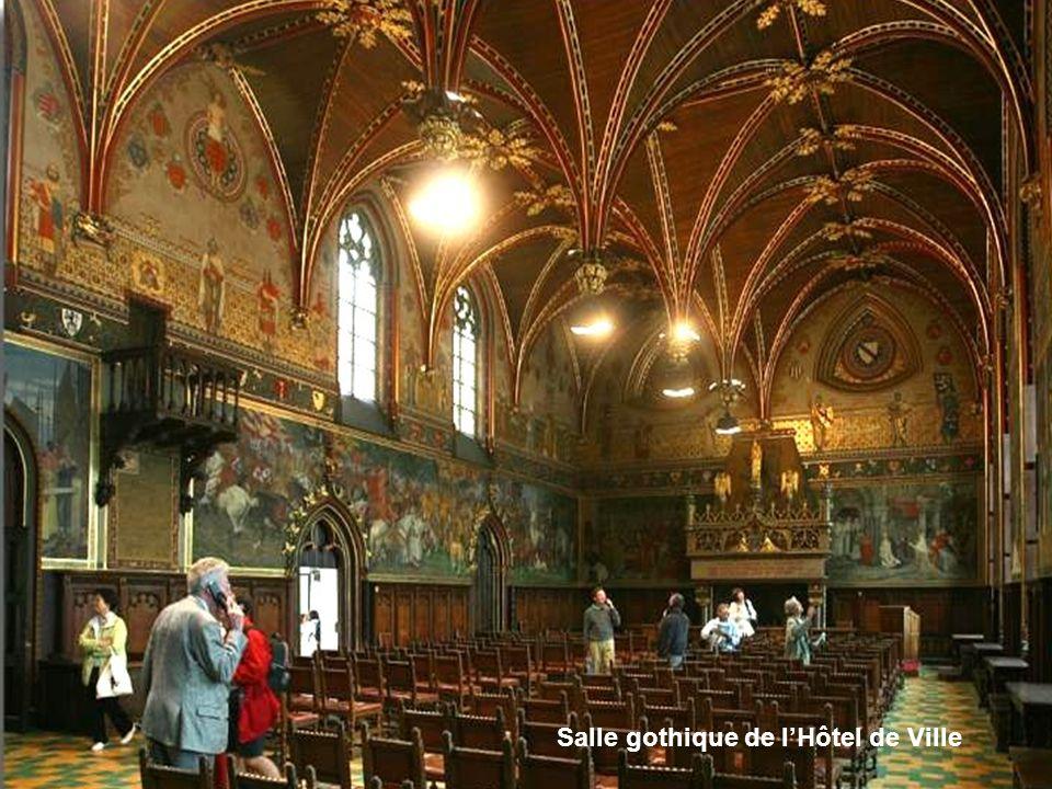 Salle gothique de lHôtel de Ville