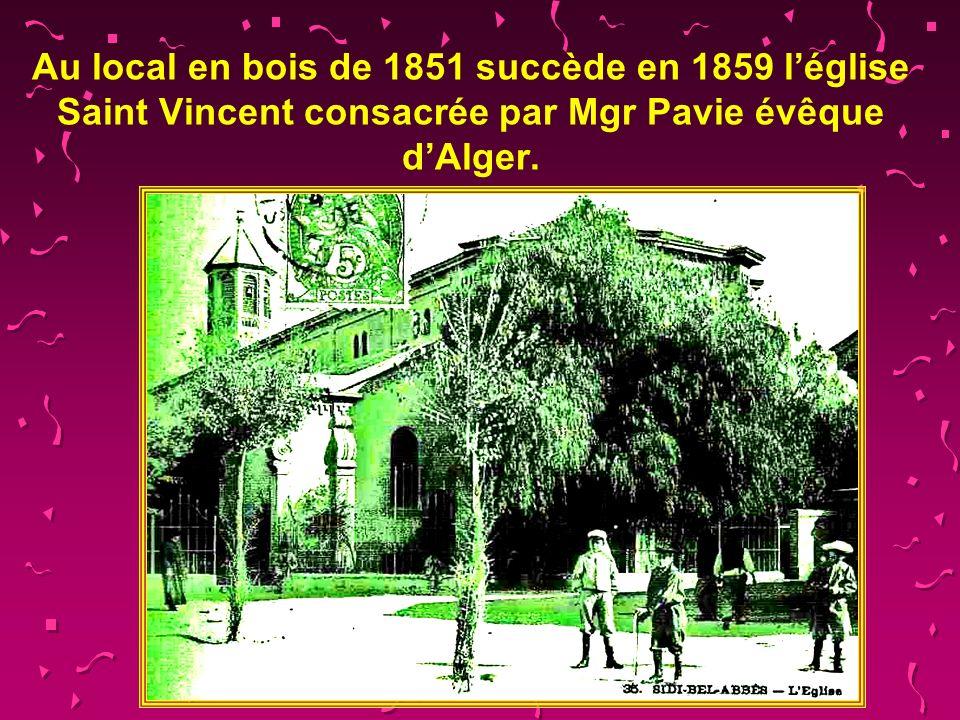 Sur 5 259 habitants en 1859, 2157 habitants sont français 2046 sont espagnols 168 sont allemands 147 Italiens, 391 Israélites 148 noirs sont des esclaves des Arabes libérés par la loi Schoelcher de 1848, Les autres (anciens légionnaires) sont originaires dEurope centrale ou du nord.