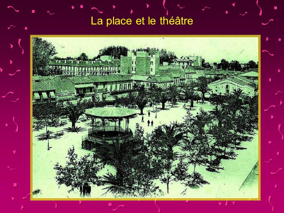 La place des quinconces qui deviendra par la suite la place Carnot.