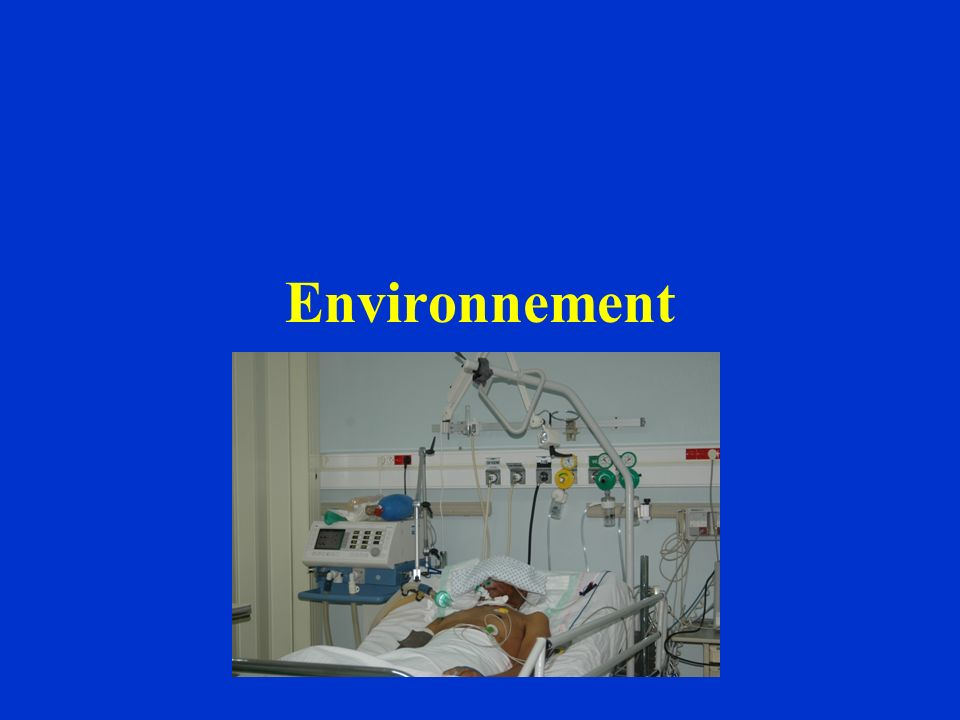 Traitement spécifique de lair dans les chambres Réglementaire : Chambre avec un système de traitement dair « minimal » –renouvellement de 6 vol/h –conditionnement dair (T° entre 22 et 26°C)